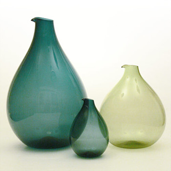 Three BLOMKULLA jugs, Kjell Blmberg (Gullaskruf, 1963) - Art Glass