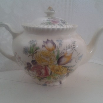 Garden Bouquet Windsor ware teapot by Johnson bros
