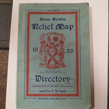 1932 road tourist book for Nova Scotia Canada - Paper