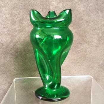 Kralik Carl Hosch Green Twist Pinched Footed Vase