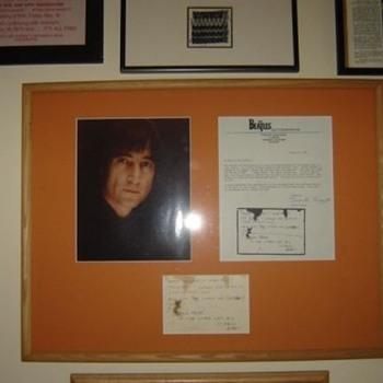 John Lennon handwritten note...1980 - Music