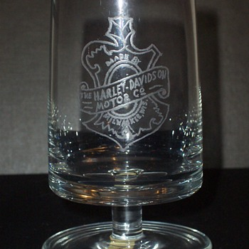vintage etched Harley Davidson Motor Co glass - Motorcycles