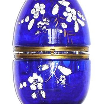 CZECH EGG-SHAPED LIQUEUR SET - Art Glass