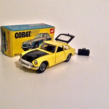 Corgi toys MGC