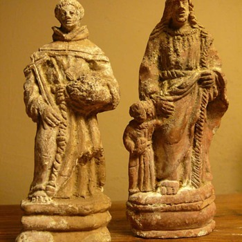 two pipeclay figurines