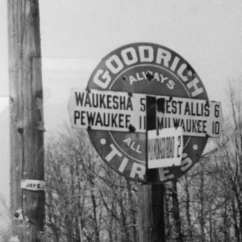 Old Harley Photo with sign of my Town on it :-) - Motorcycles