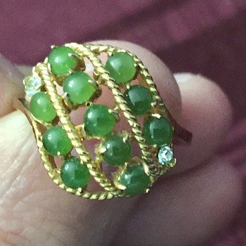 Cute little ring - Costume Jewelry