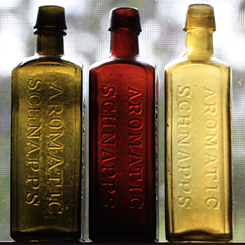 ~~~~Schnapps Bottles~~~~