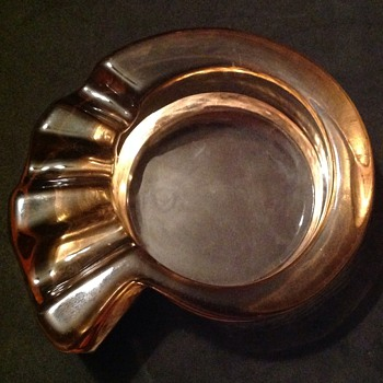 Glass ashtray - Tobacciana