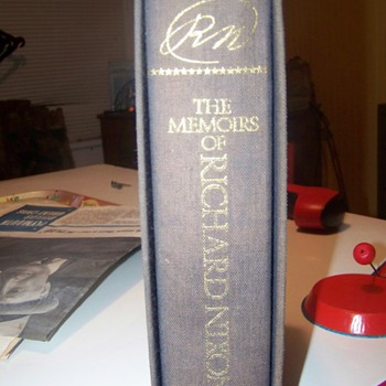 rn the memoirs of richard nixon signed  - Books