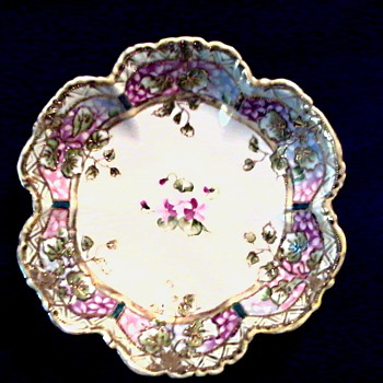 "Nippon 8 "" Berry Bowl with Violets/Marked Hand Painted Royal Crockery (RC) Nippon/ Circa 1911 - Asian"