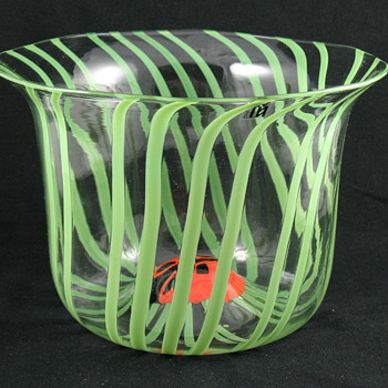 Signed Venini Art Glass Vase - Ladybug In Flower / Grass - Art Glass