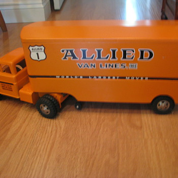 vintage tonka allied moving van - Model Cars