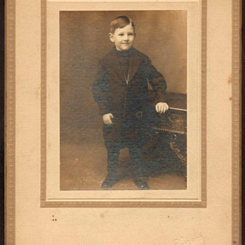 1915/16 - Family Photograph - Dwight T. Beetison