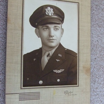 WW2 Army Air Corps Pilot w/ Wings photograph - Military and Wartime