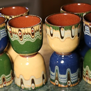 12 Pottery Cups - Polish?