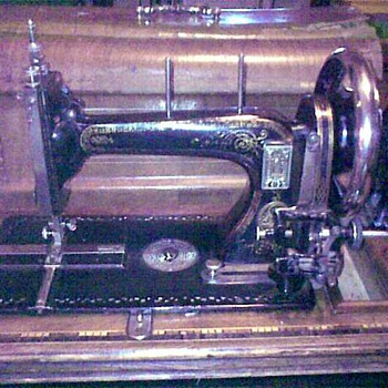 Old Schutz-Marke trademark Durkopp? sewing machine - Sewing
