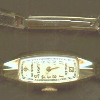 LADIES CURVEX WATCH - Wristwatches