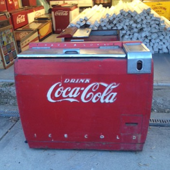 Westinghouse WE-6 Coca Cola Ice Chest - Coca-Cola
