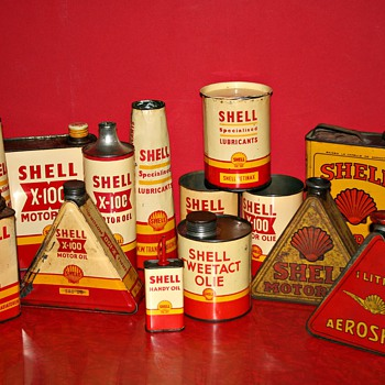 shell oil can collection - Petroliana