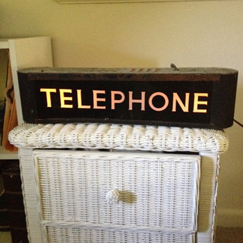 telephone sign - Telephones