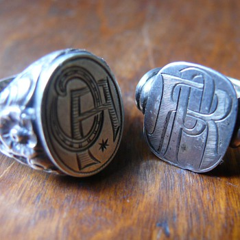silver seal rings - Costume Jewelry