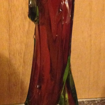 Bohemian Ruby red and uranium thorn vase. - Art Glass