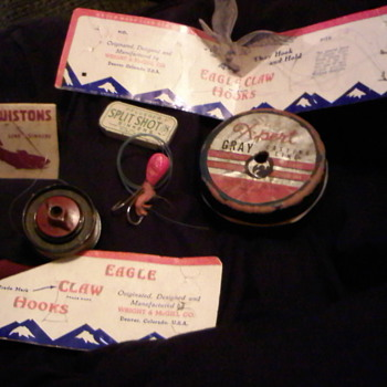 vintage fishing tackle  what is the value any appraisels available - Fishing