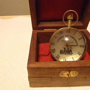 Unable to Identify this Pocket Watch size watch with dome shaped maganfying on both sides - Pocket Watches
