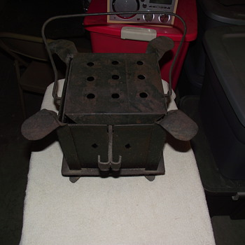 Cast Iron...Contraption? no idea, please help