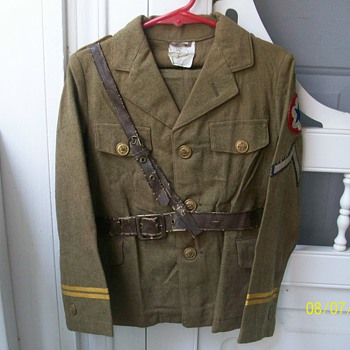 Childs WWII Military Uniform? - Military and Wartime