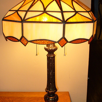 Stained Glass Lamp...Caramel slag...Mexican