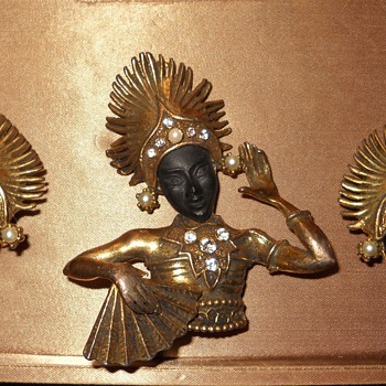 "Pierre Anton Masson ""PAM"" 50's Thai Dancer Brooch & Earrings - Costume Jewelry"