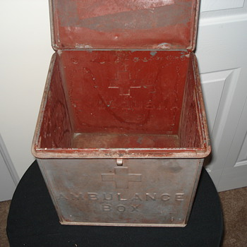 Early Emergency Medical Service History &quot;Ambulance Box&quot;