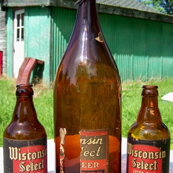Wisconsin Select New Lisbon Wis. Beer Bottles - Bottles