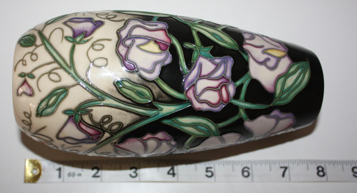 Moorcroft Vase Unknown Design Collectors Weekly