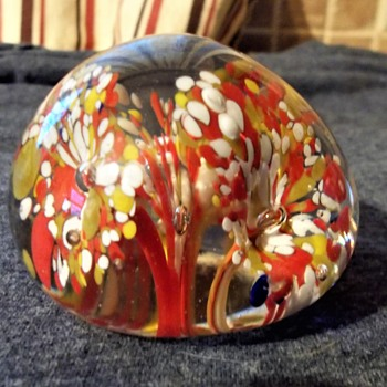 Help identify End of Day/Spatter Trumpet Flower Paperweight - Art Glass