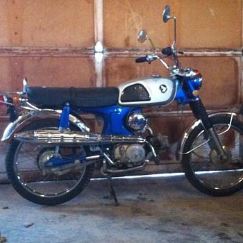 1969 Honda Cl90 Scrambler