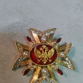 RUSSIAN DESIGN BROOCH