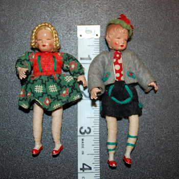 Bavarian miniature dolls - Dolls