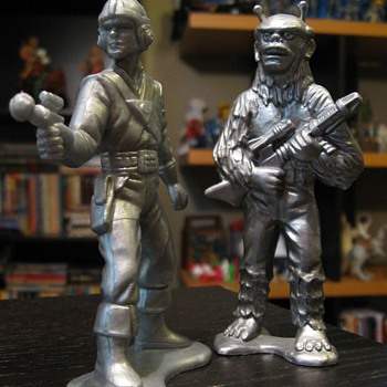 "Vintage Tim Mee Galaxy Laser Team 5"" Figures - Toys"