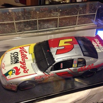 Collection of Terry Labonte's #5 slpit car - Model Cars
