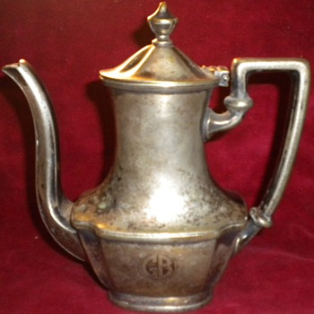 1910 g.b.tea room tea pot   - Sterling Silver