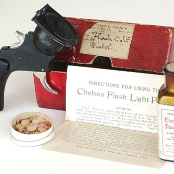 Chelsea Flash Light Pistol, c.1900