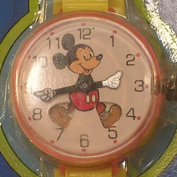 1971 Marx Toy Mickey Mouse Watch - Wristwatches