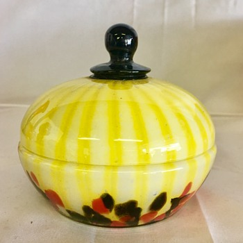Welz - lidded dish  - Art Glass