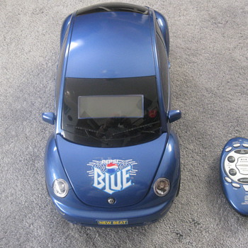 I have a &quot;Pepsi Blue&quot; VW Bug am/fm/cd player. This isn&#039;t that old, but I have never seen another one anywhere. Any help? - Model Cars