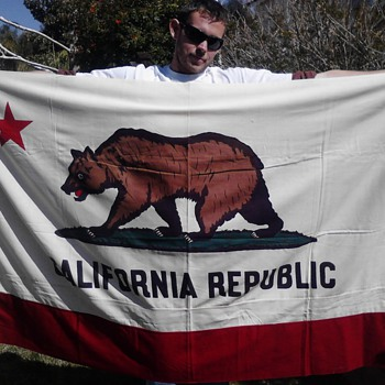 "1953 canvas California Republic ""Bear"" Flag - Military and Wartime"