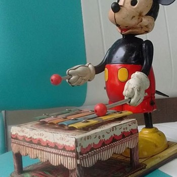 1950's/60's Linemar Mickey Mouse Windup Toy !