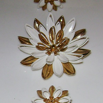Water Lily Brooch and Earrings